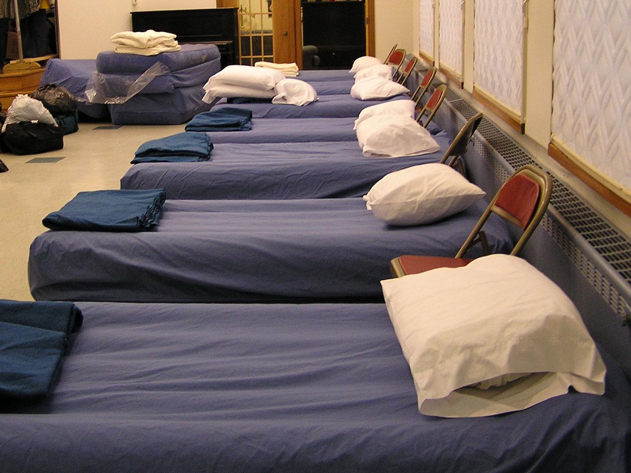 Supervisor solis motion expands homeless winter shelter for Homeless shelter in los angeles
